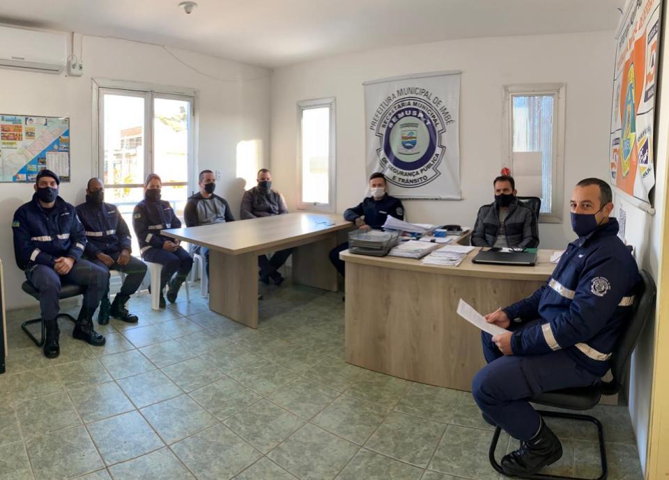 Reunião de avaliação da atuação da Guarda Municipal