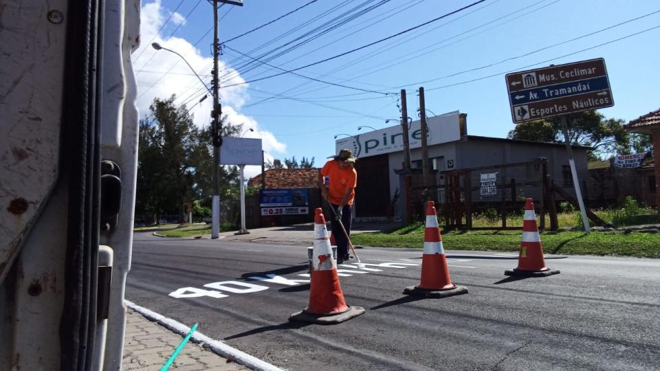 SEMUSP-T revitaliza sinalização de trânsito nas avenidas Osório e Porto Alegre