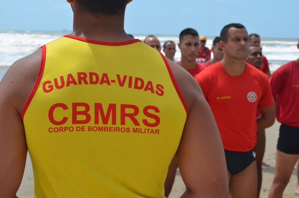 Novos guarda-vidas militares foram formados em Imbé