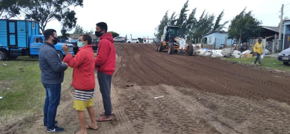 Prefeitura de Imbé realiza melhorias na avenida Albatroz