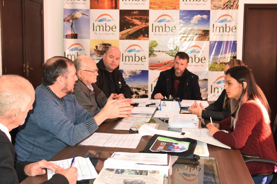 Ponto de controle dos contratos com a CEF foi tema de reunião