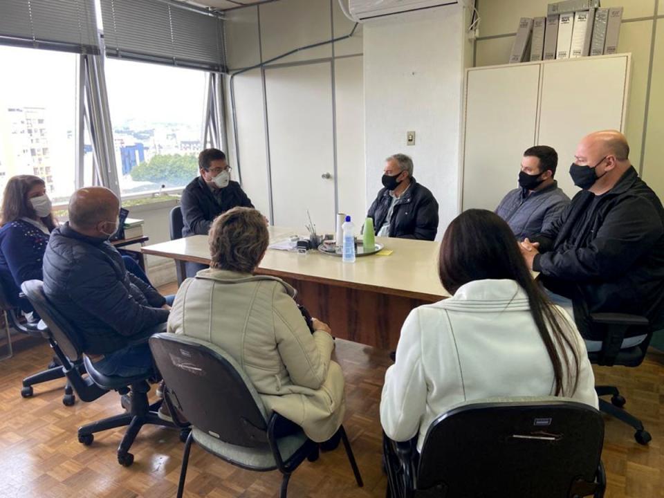 Projeto de duplicação da avenida Paraguassú foi tema de reunião no DAER